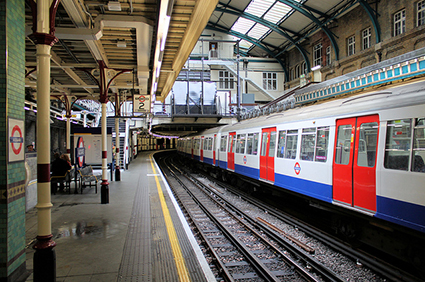 Aldgate-Tube-Station